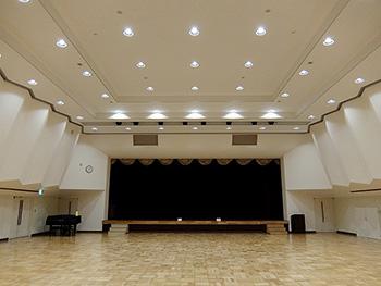 ホール内部